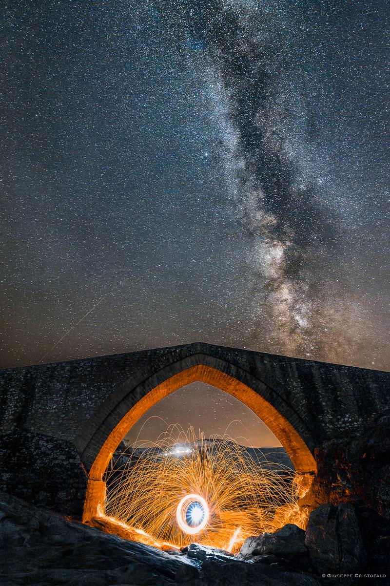 Stars and sparks (racconta la tua foto di chrisalide )